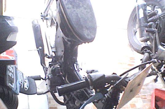 Otomotif  Modifikasi Motor Honda Revo