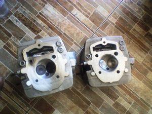 Duo Cylinder Head, yang satu menunggu giliran