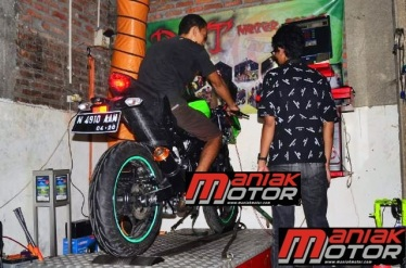 LIPUTAN MANIAK MOTOR